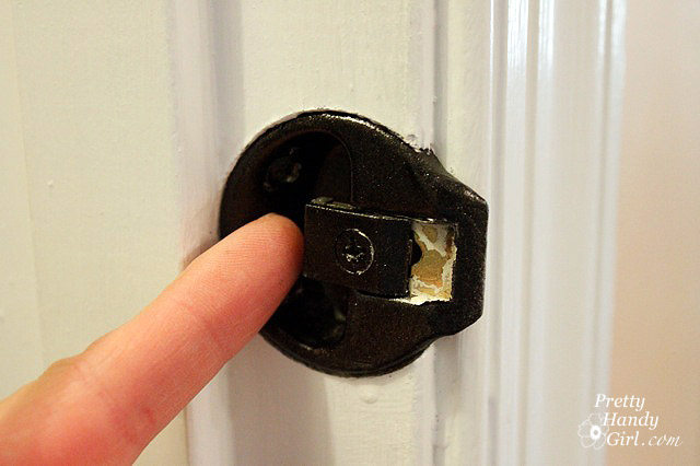 door problems adjust latch