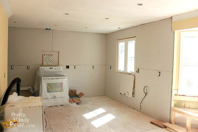 Drywall Installation Tips and Kitchen Progress Update - Pretty Handy ...