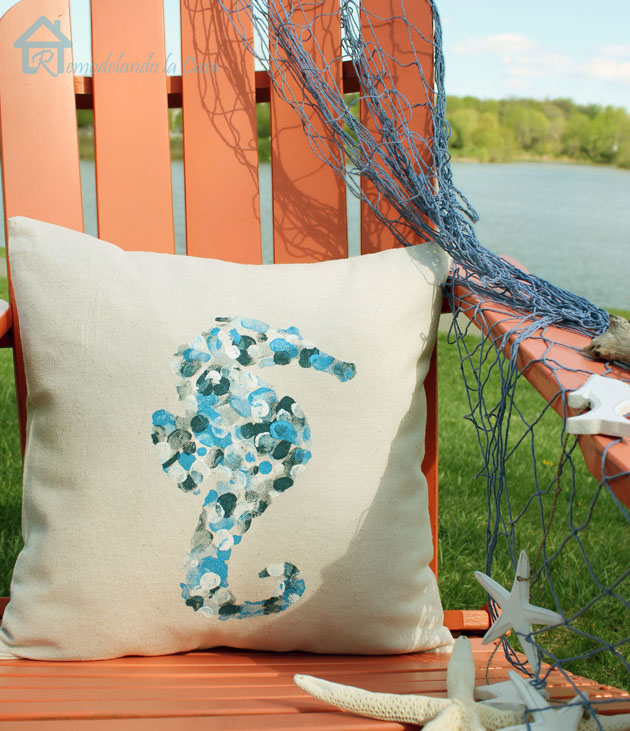 Thumbprint Pillow | Pretty Handy Girl