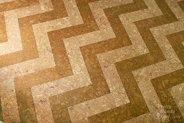 chevron_herringbone_pattern_floor