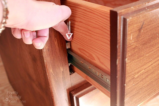 press_lever_release_drawers