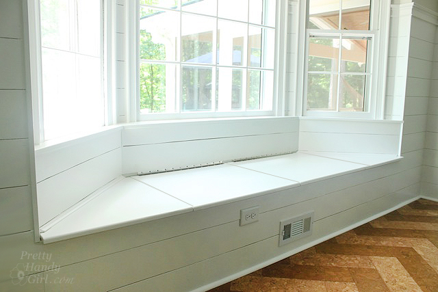 window seat bay window storage