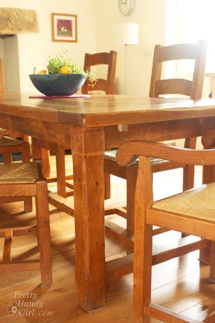 farmhouse_table