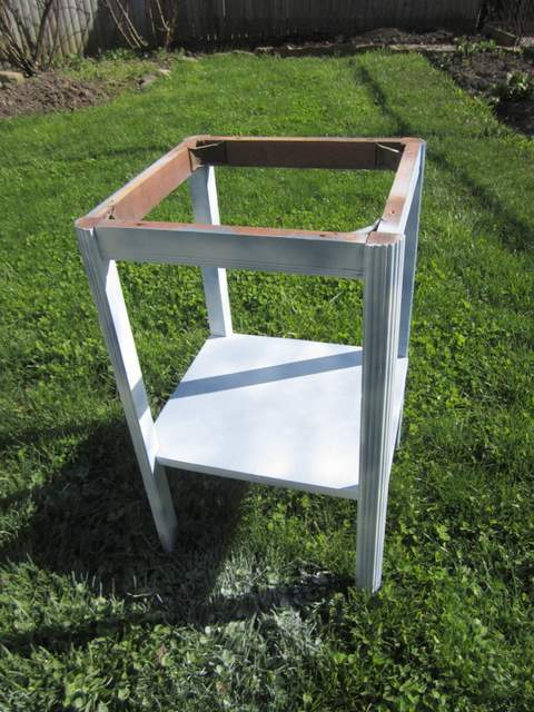 Spray Painting a Small Table