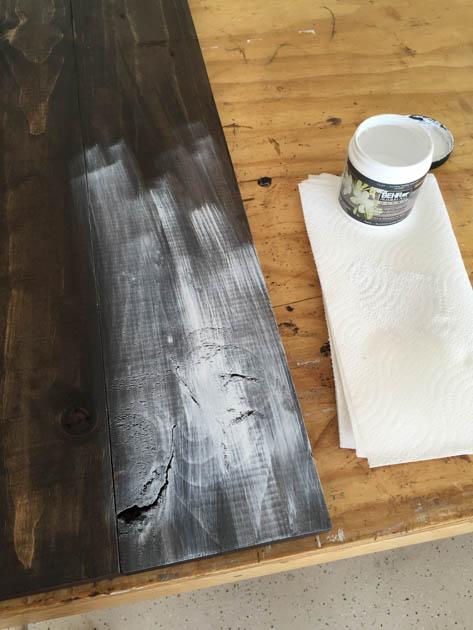 dry-brush-chalk-paint