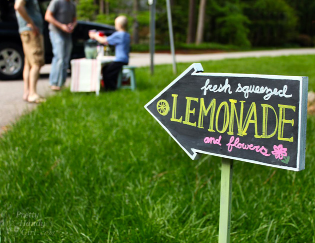 fresh-squeezed-lemonade-stand