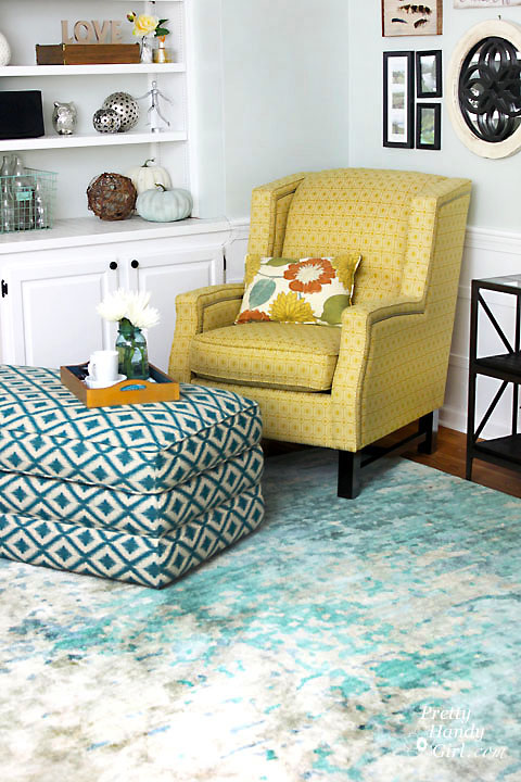 Daphne Ottoman from La-Z-Boy | Pretty Handy Girl