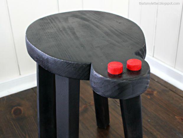 spider stool 1