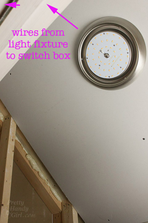 how to connect a switch to a light fixture