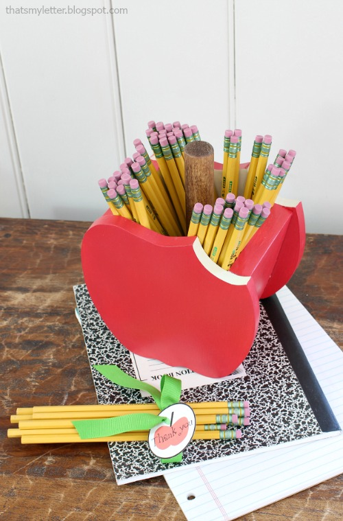 apple pencil holder 2