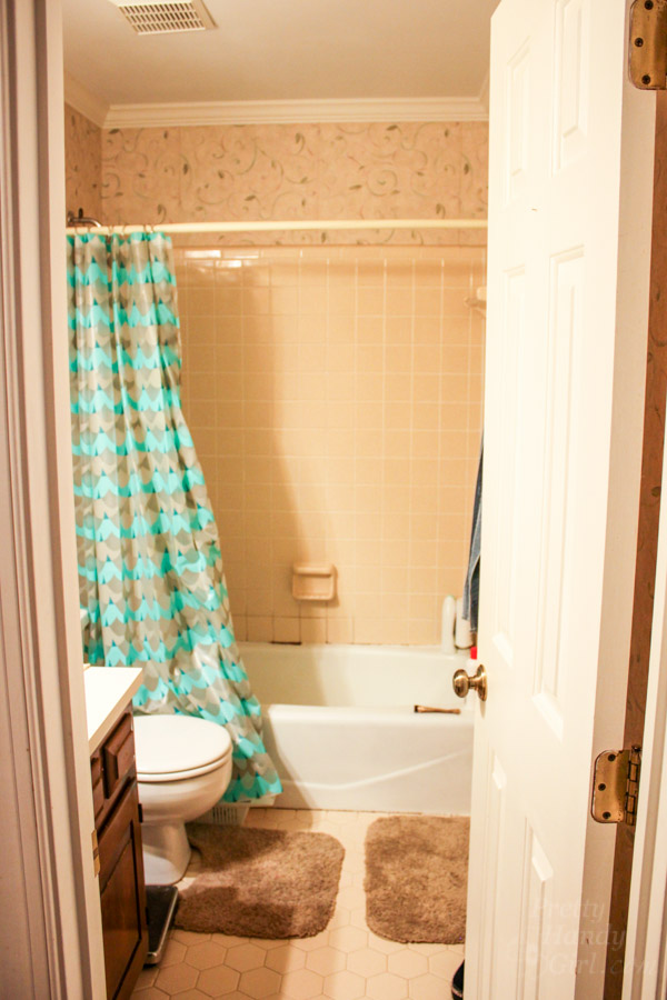 You Donu0027t Have To Gut Your Dated Bathroom | Pretty Handy Girl