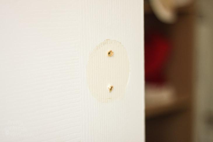 blank-door-no-knob