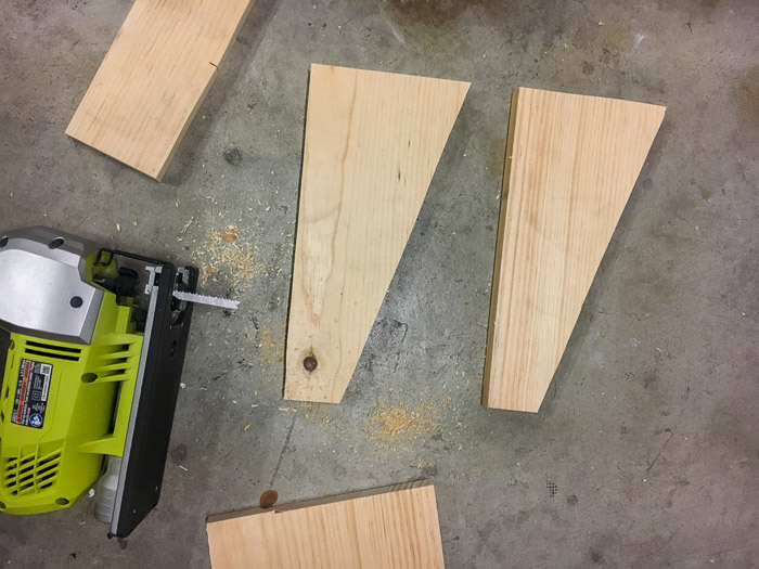 How to make a DIY footrest using scrap wood