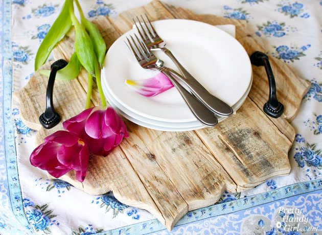 rustic serving tray tulips