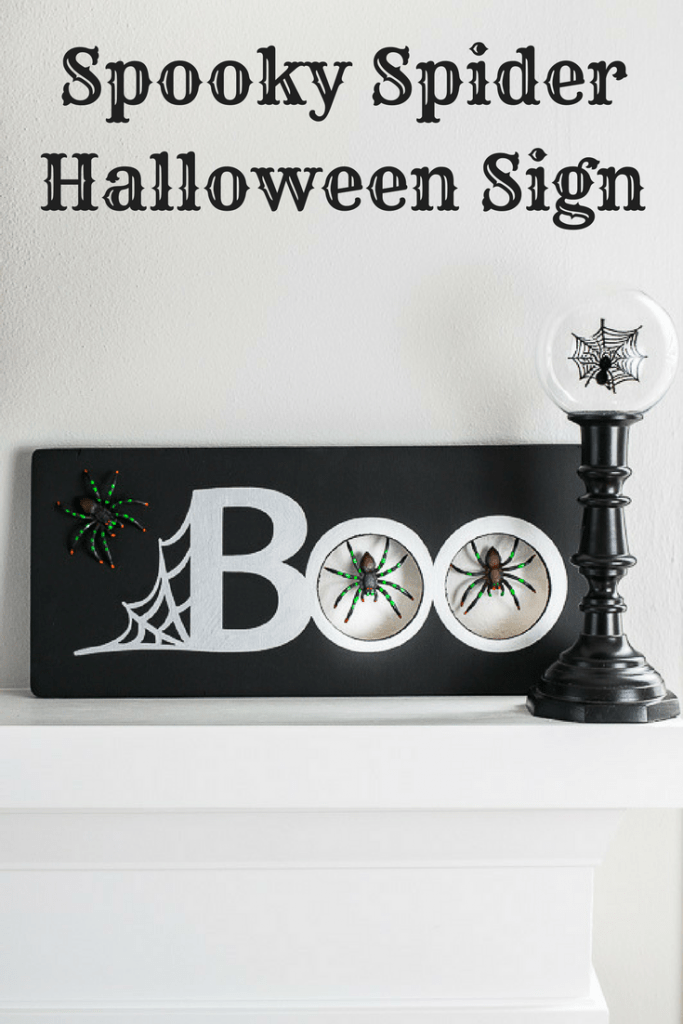 Decorate for Halloween with this spooky spider Halloween sign!