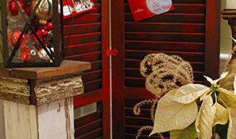 displaying christmas cards on shutters