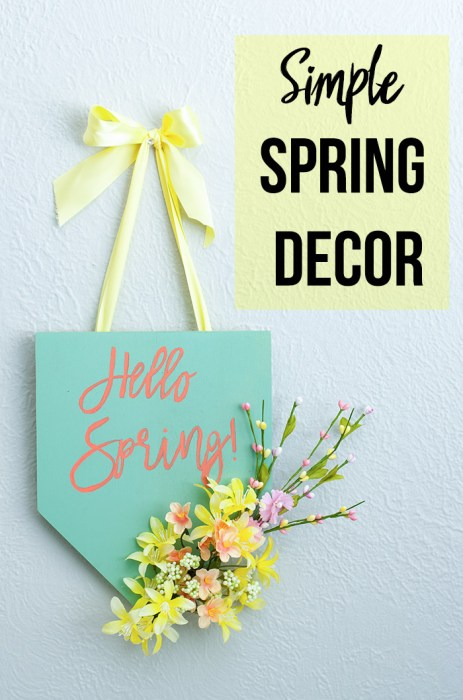 Easy colorful hello spring plaque