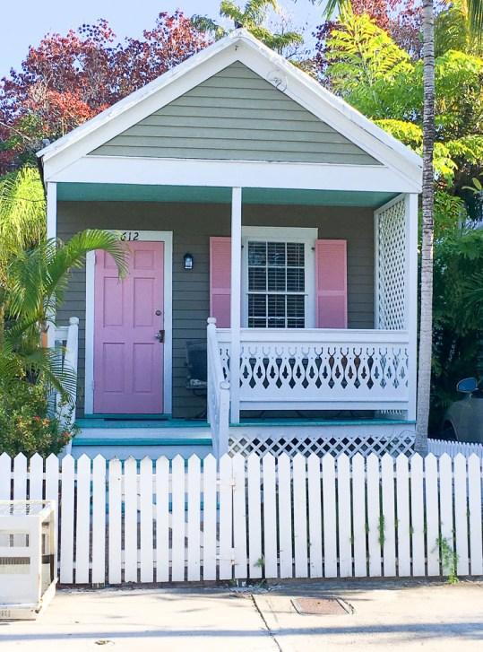 key-west-flat-sawn-baluster-front-porch-pink-door
