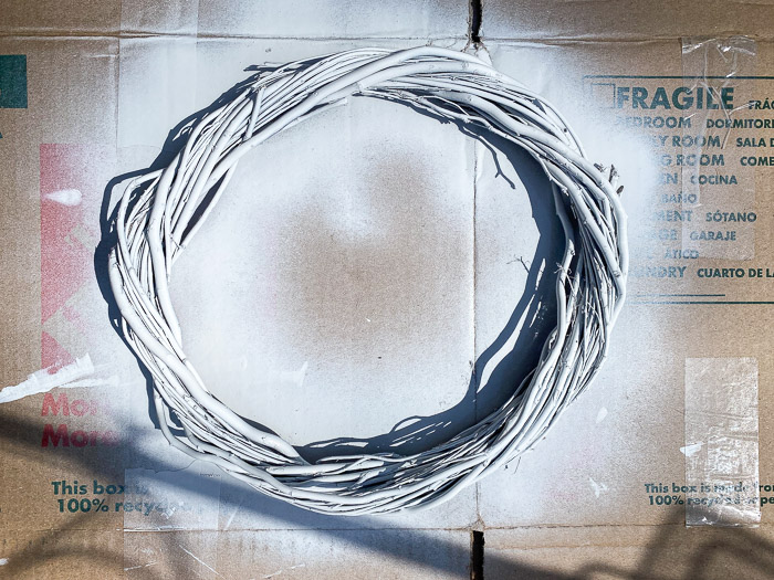 spray paint grapevine wreath