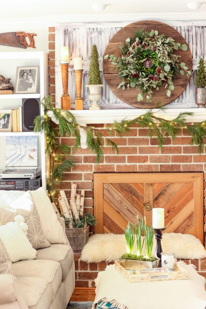 farmhouse style mantle fireplace