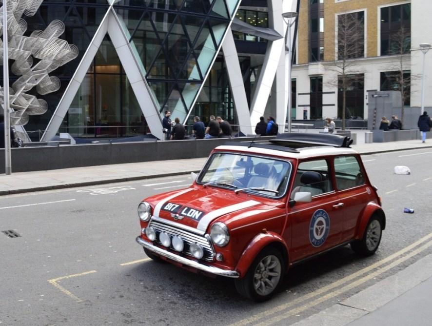 smallcarBIGCITY: visit London in a Mini Cooper!