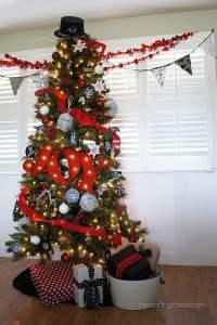 15 Amazing Christmas Tree Ideas - Pretty My Party