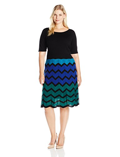 Gabby Skye Women's Plus Size Elbow Sleeved Chevron Sweater Dress