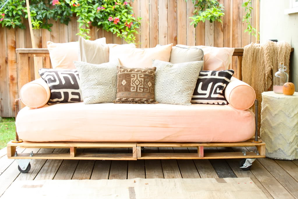 diy daybed sofas what is the best sofa bed replacement mattress how to build a pallet pretty prudent