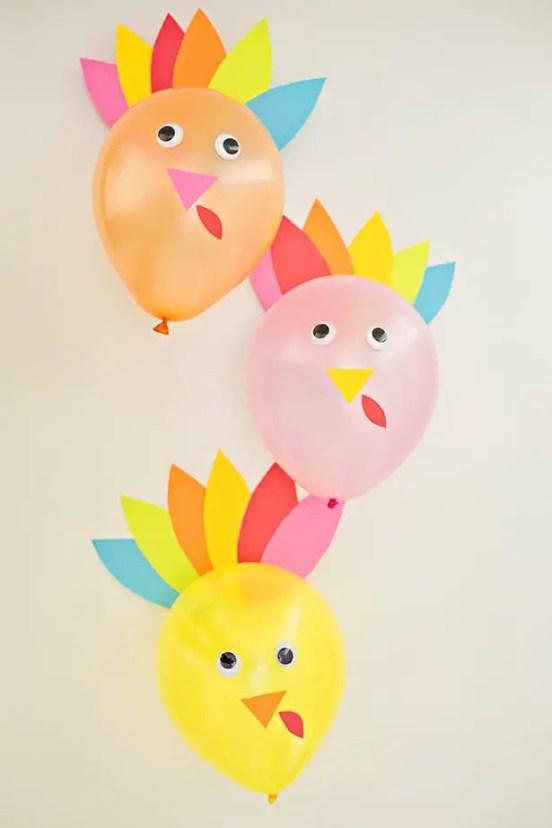 kids thanksgiving party ideas DIY turkey balloons