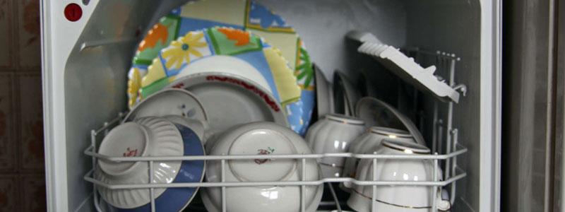 Rimedi naturali per pulire la lavastoviglie