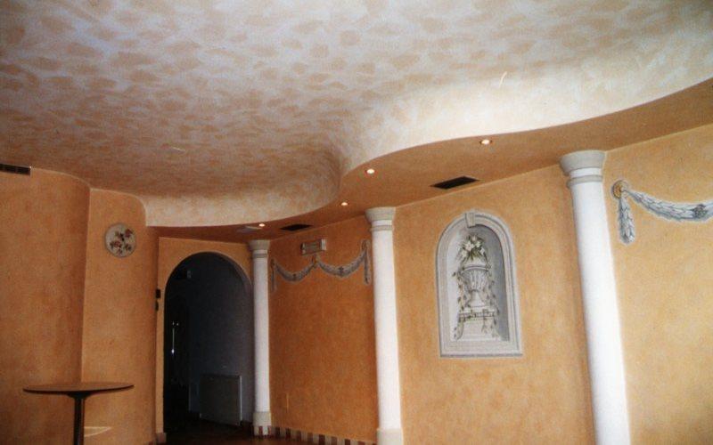 1 le stagioni ideali per dipingere le pareti di casa sono la primavera e l'estate. Idee Per Pitturare Casa La Pittura Effetto Spugnato Preventivofacile It