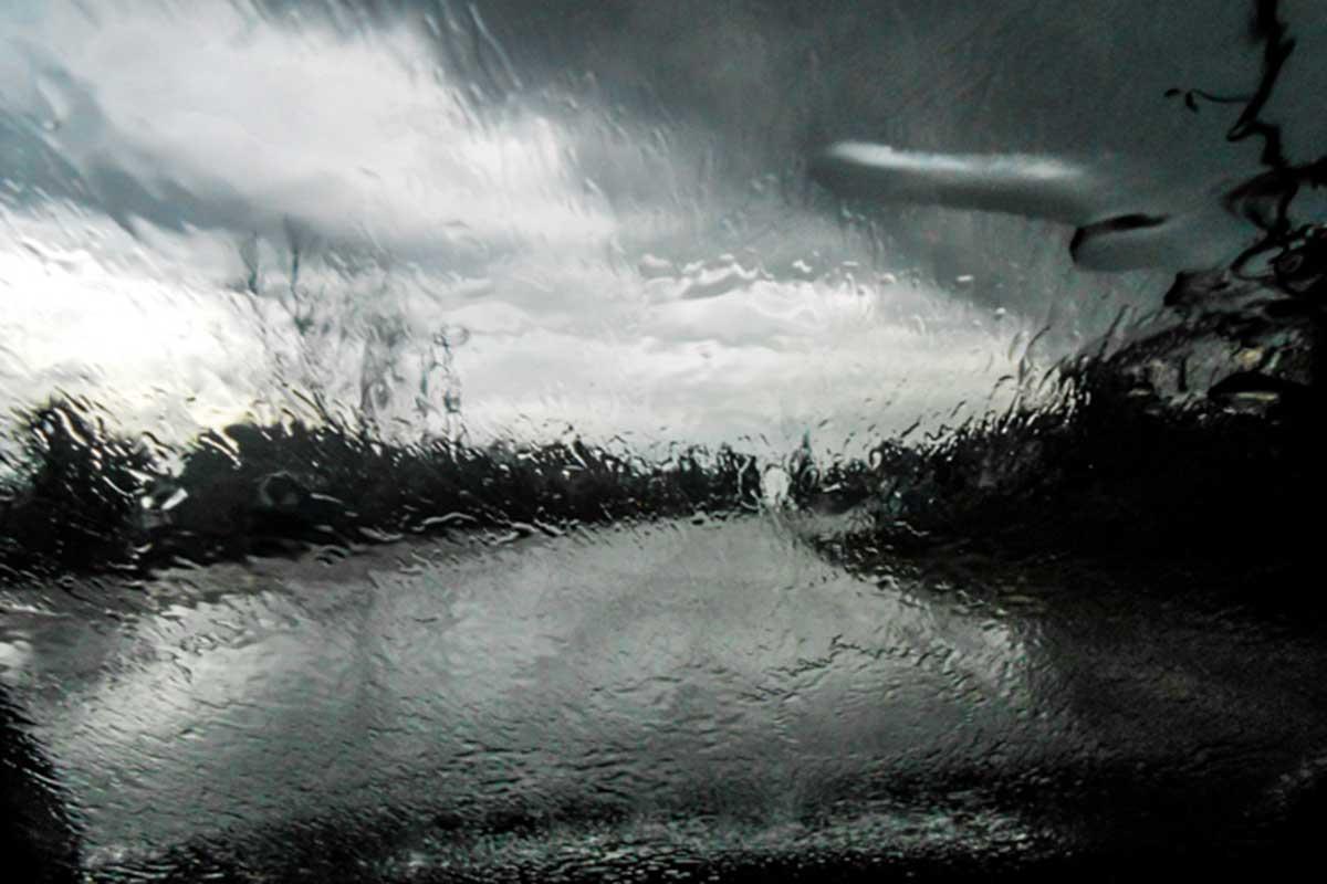 Αποχωρεί σταδιακά η «Θάλεια» την Κυριακή - Ισχυρή βροχόπτωση στην ...