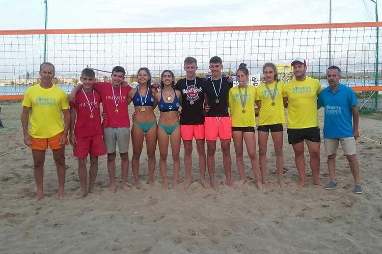 Δύο ζευγάρια του club beach volley Ermis στους τελικούς του Πανελληνίου στην Πρέβεζα_5e0663b21874d.jpeg