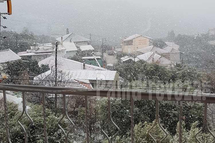 Φωτογραφίες από τον χιονισμένο Βράχο στην Πρέβεζα_5e0692a20bb43.jpeg