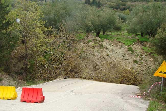 Παρατείνεται η απαγόρευση της κυκλοφορίας των οχημάτων στην επαρχιακή οδό Αρχαγγέλου – Κρυοπηγής_5e04f3aba97e6.jpeg