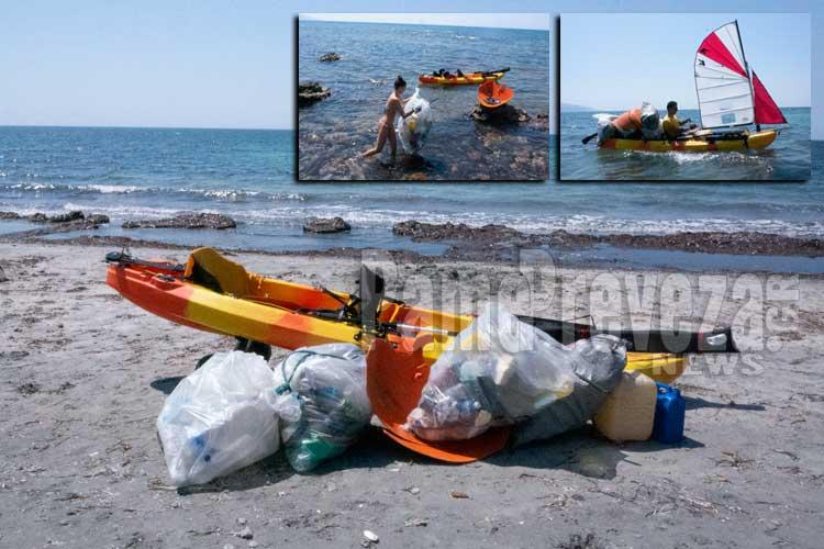 Πρέβεζα – Δίνουν κάθε χρόνο το παράδειγμα: Πατέρας και κόρη σε διακοπές, καθάρισαν από σκουπίδια τη θάλασσα – Φωτό_5e04fd0e97f4b.jpeg