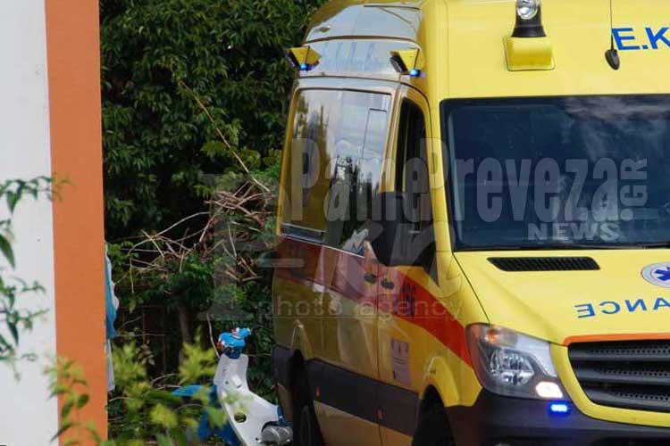 Πρέβεζα: Νέο ατύχημα – Έπεσε από ύψος τριών μέτρων_5e066269a8f7d.jpeg