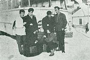 Ispred prvog autobusa