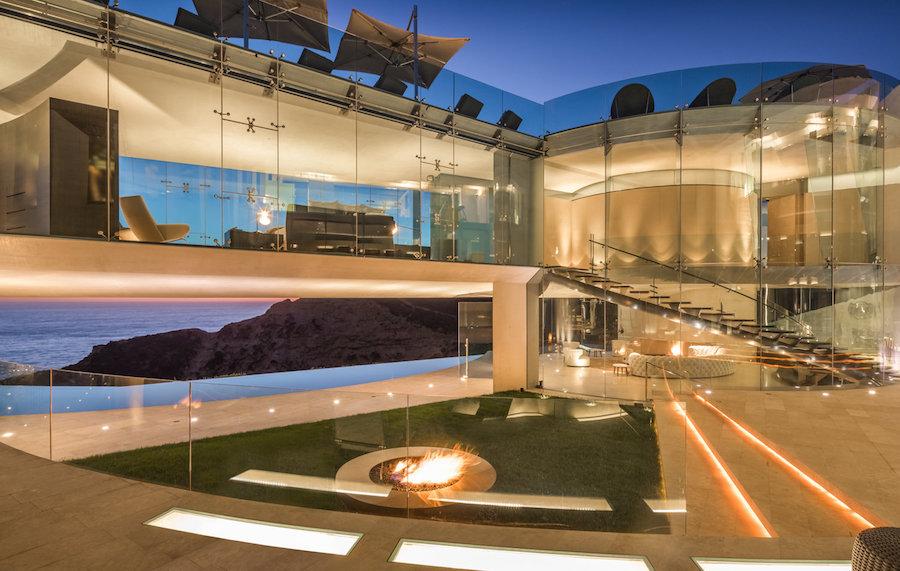 La Jollas Famed Razor Residence Lists for 30M Prev