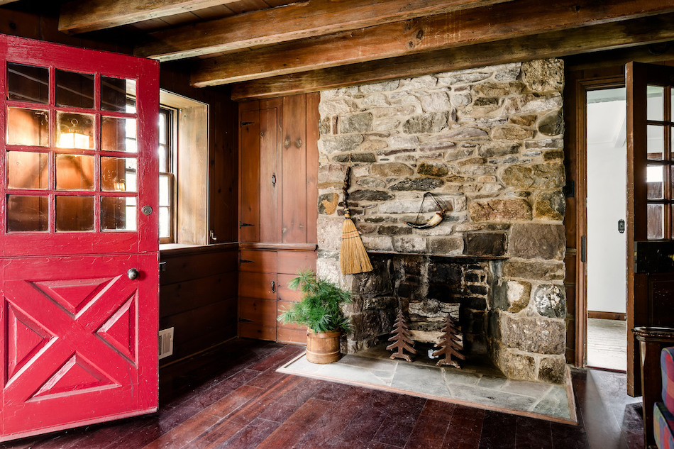 c1764 620 Sq Ft Stone Cottage in Washington Crossing PA for 250K PHOTOS  Pricey Pads