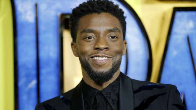 Chadwick Boseman Looks Very Thin In New Video It S Sparking Concern Among Fans Chadwick Boseman Just Jared