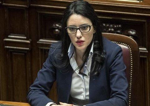 Scuola tutti promossi, ministro Azzolina