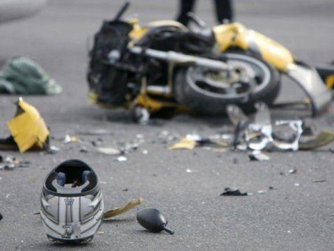 incidente stradale mortale in moto
