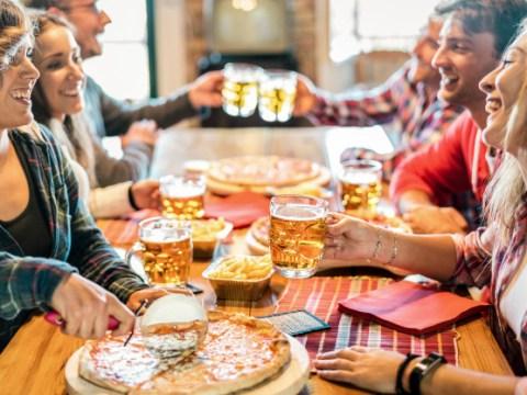 Decreto Riaperture: Italia zona gialla, green pass, ristoranti a cena, ok palestre e piscine. Ecco le principali novità.