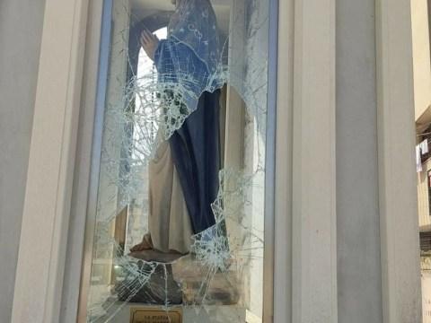 """Vittoria, distrutta la teca della Madonna: """"Prendiamo questi criminali"""". L'appello del candidato a sindaco, Piero Gurrieri."""