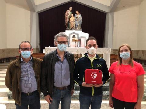 Donato un defibrillatore alla parrocchia Sacra Famiglia