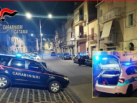 Caltagirone, beccato e arrestato giovane 28enne dai Carabinieri della locale Compagnia. I dettagli dell'operazione.