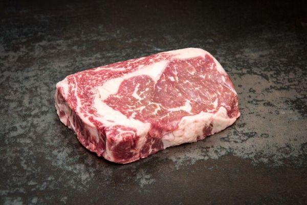 Dry Aged Rib Eye Steak 300g (4,99€/100g)