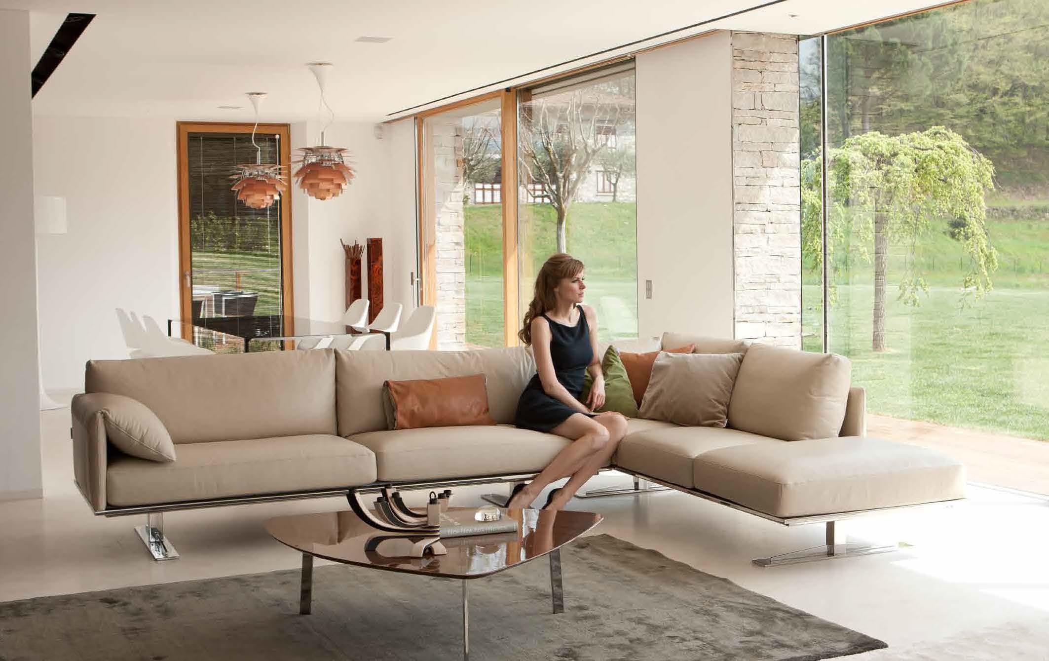 italian luxury sofa brands disney flip open contemporary style leather curved corner sacramento ...