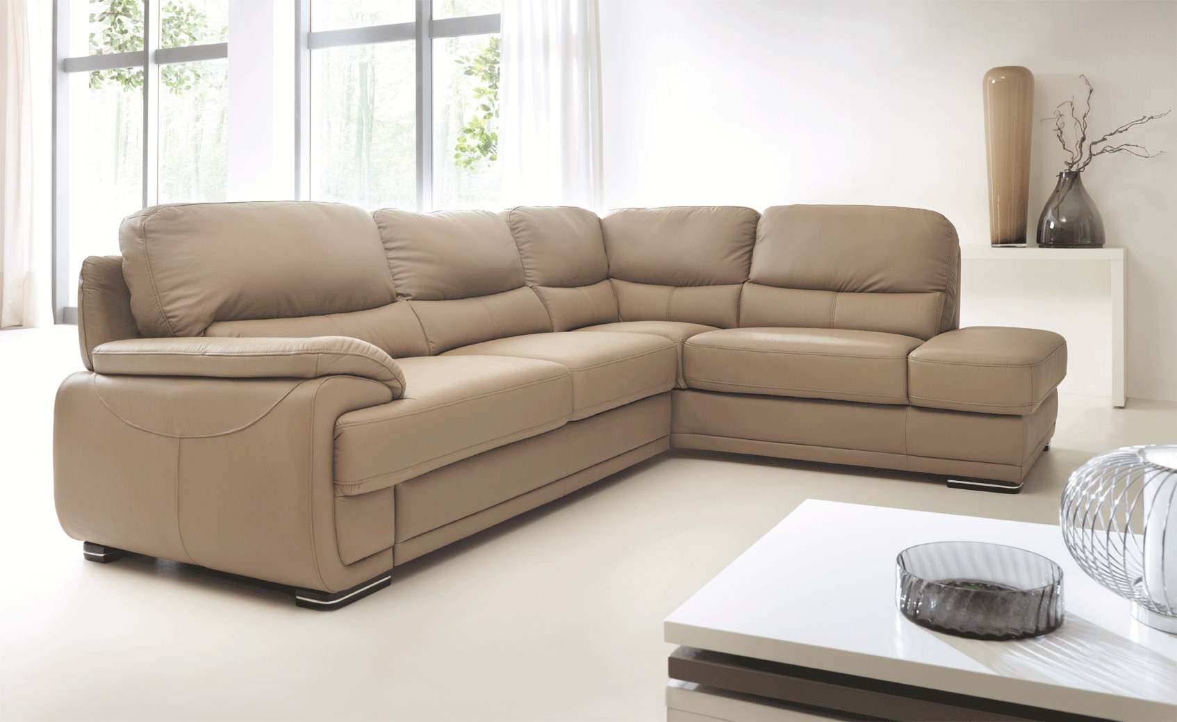 Real Leather Sectional Sleeper with Pull Out Bed Kansas